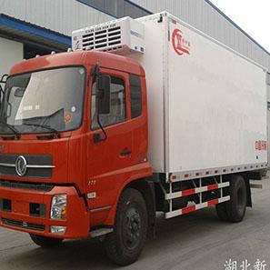 东风天锦8.5吨6.4米冷藏车