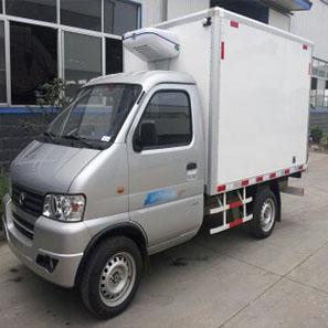 东风俊风小型半吨/2.3米冷藏车