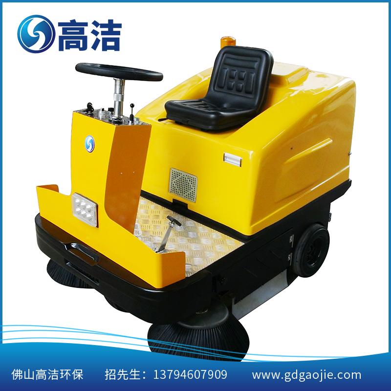高洁厂家直销电动扫地车GJ-SD3操作简单方便