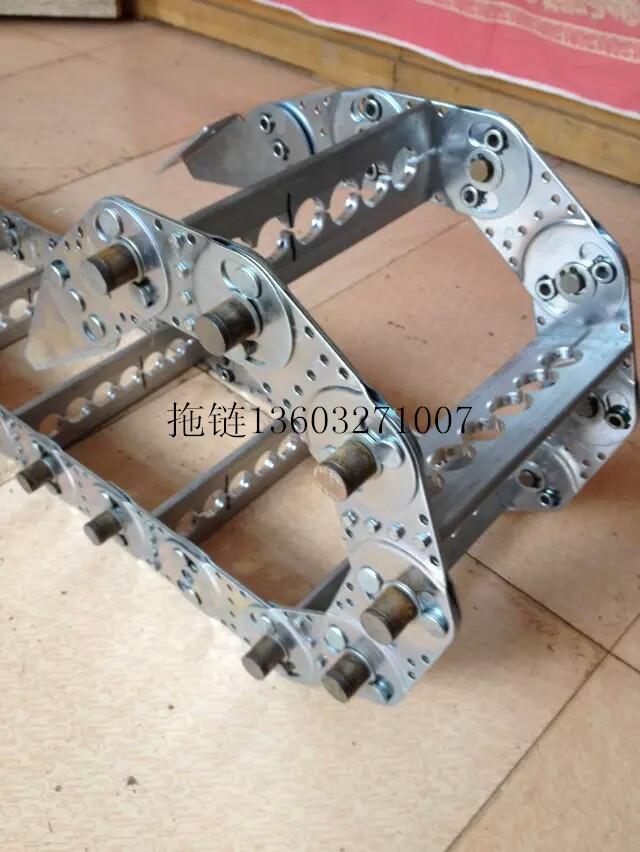 专业制作塑料拖链、尼龙拖链、钢拖链等机床附件