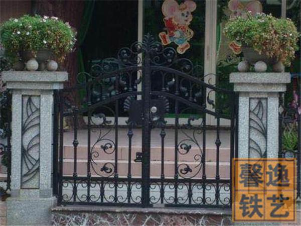 馨逸装饰厂家定制 室外简约大气欧式室外铁艺大门 美观大方 支持定制