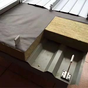 防火隔热阻燃岩棉彩钢板  彩钢复合板