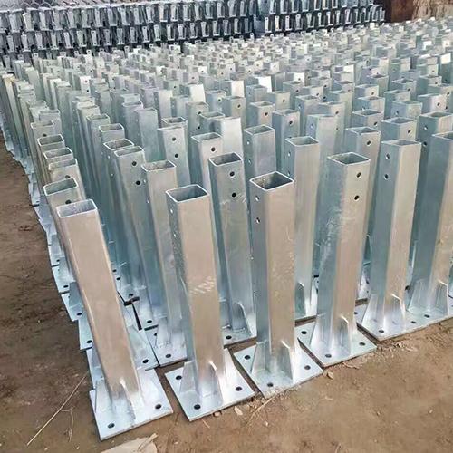 高速公路护栏板立柱 护栏板立柱  护栏配件