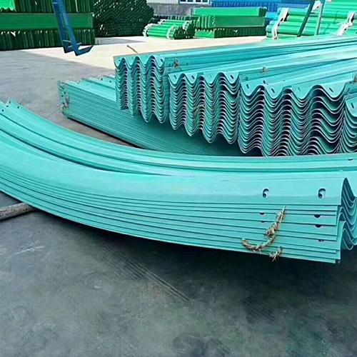 护栏板 波形 镀锌护栏板 波形 厂家供应高速护栏板 护栏板立柱