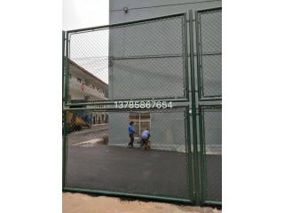 球场专用围栏网学校体育场足球场防护网勾花护栏