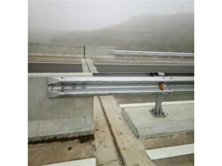 山东冠县公路波形护栏板厂家批量价双波三波护栏厂