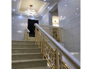 重庆铜楼梯厂家 款款实用的别墅铜扶手要你好看